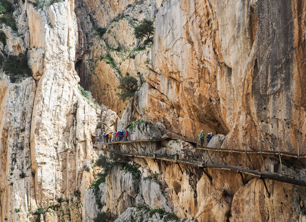 Will You Dare The Most Dangerous Hike In The World Caminito Del Rey In Spain Chronic