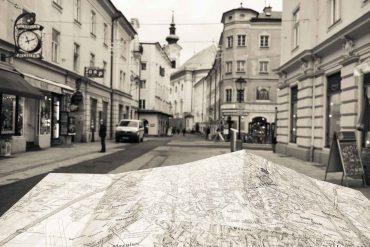Experience Salzburg offline – city map and no phone
