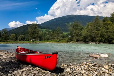 Paddling on the Drava – canoeing through Carinthia